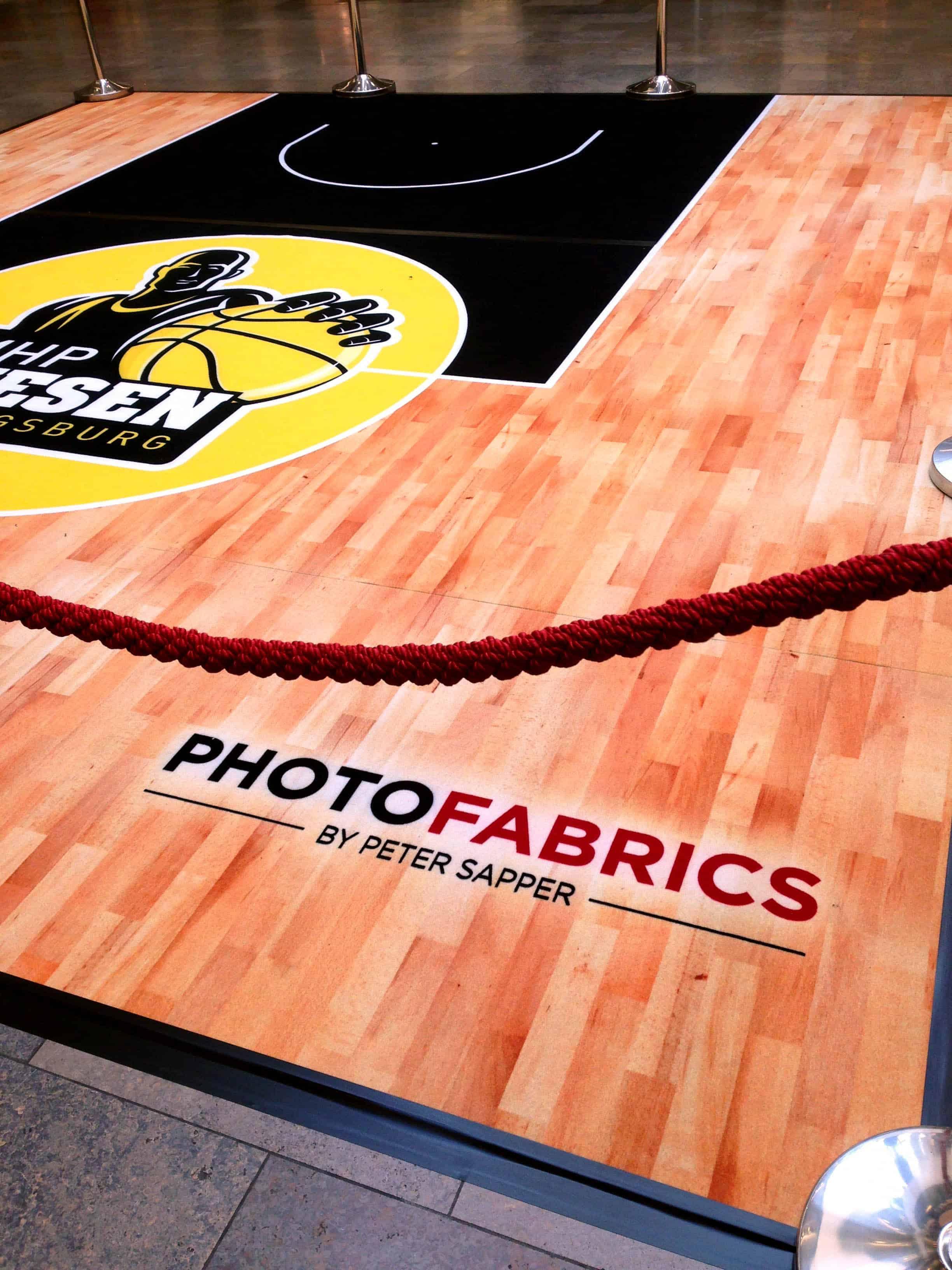 Basketballfeld auf PF 400  Photofabricsde